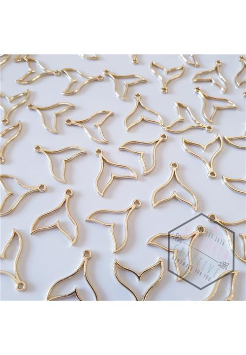 GOLD WHALE TAIL - NICKEL FREE