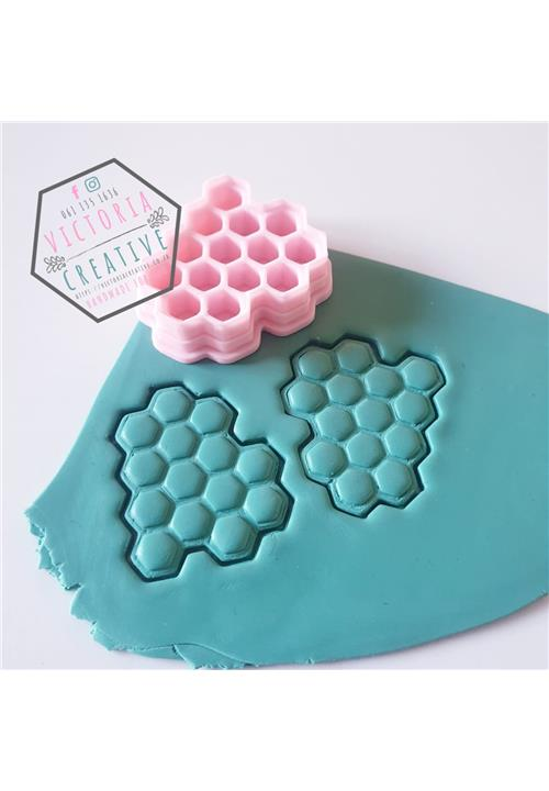 HONEYCOMB EMBOSSING CUTTER - POLYMER CLAY CUTTERS